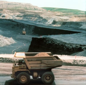Strip mining of the Paleocene Powder River Basin coal in northeastern Wyoming